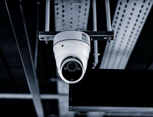 Fitur dan Rekomendasi CCTV Outdoor Terbaik